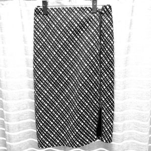 Express Black and White patterned Skirt